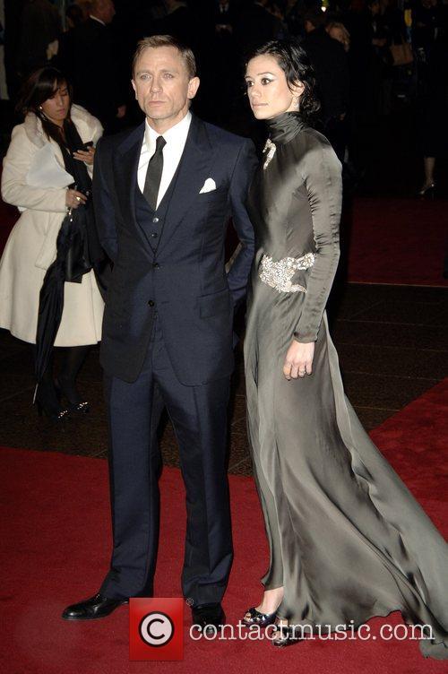 Daniel Craig and Satsuki Mitchell 5