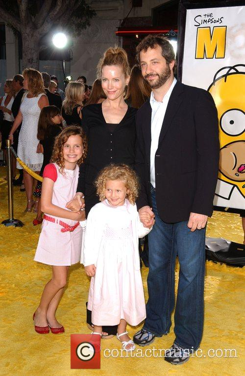 Leslie Mann and family 'The Simpsons Movie' premiere...