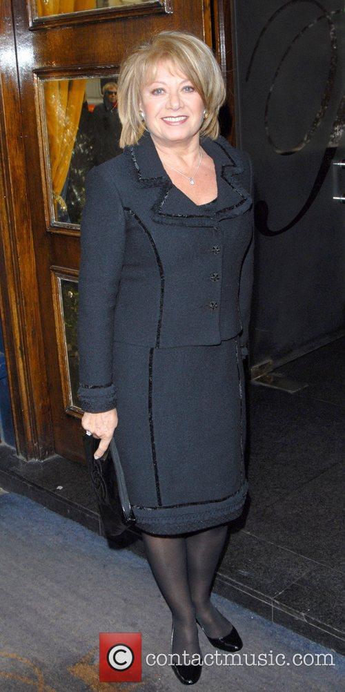 Elaine Paige 4