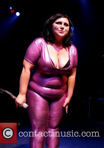 Beth Ditto and The Gossip 4