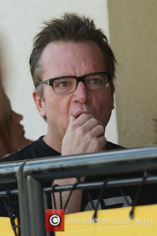 American actor and comedian Tom Arnold having lunch...