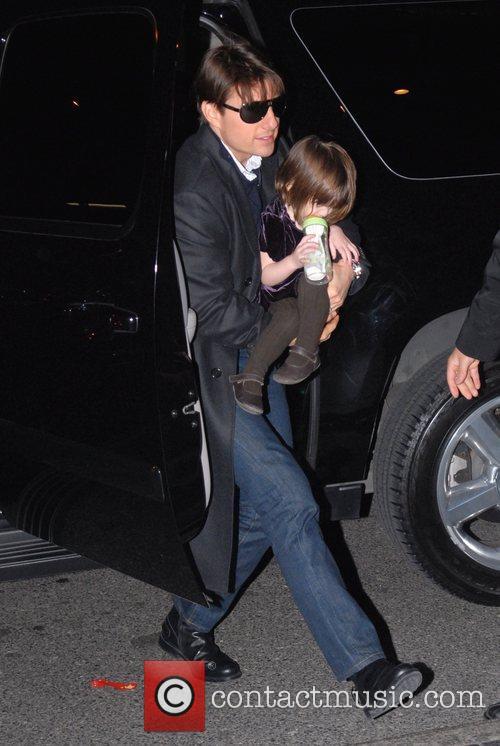 Tom Cruise and daughter Suri Cruise returning to...