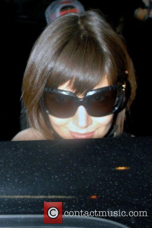 Katie Holmes leaving her Manhattan hotel New York...