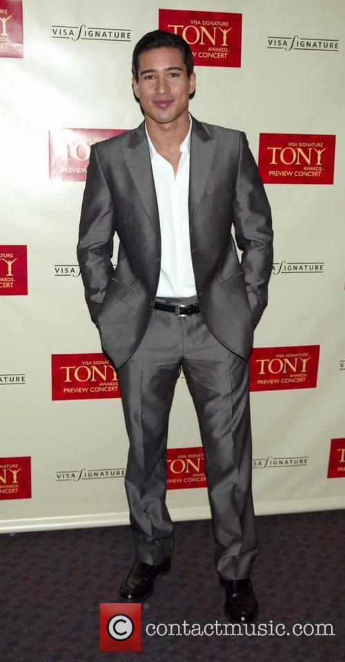 Mario Lopez ( Host of the Concert )...