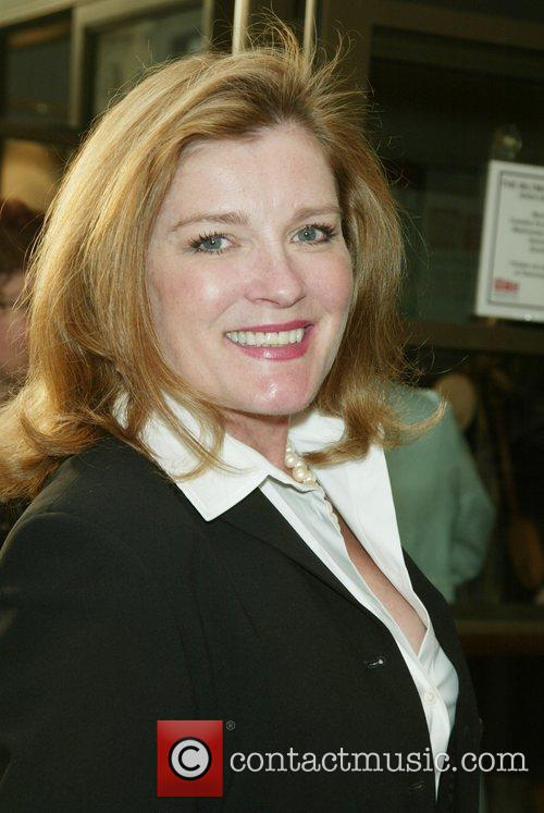 Kate Mulgrew 9