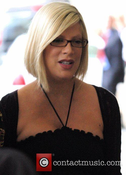 Tori Spelling and her family 1