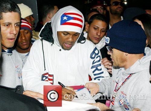 Felix Trinidad gets ready to weigh in for...