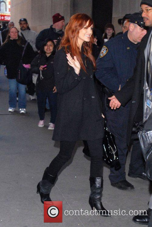 Ashlee Simpson and Mtv 2
