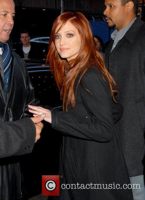 Ashlee Simpson and Mtv 6