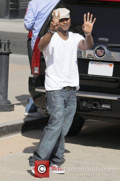 Usher Raymond Apologized, Usher and Usher Raymond 1