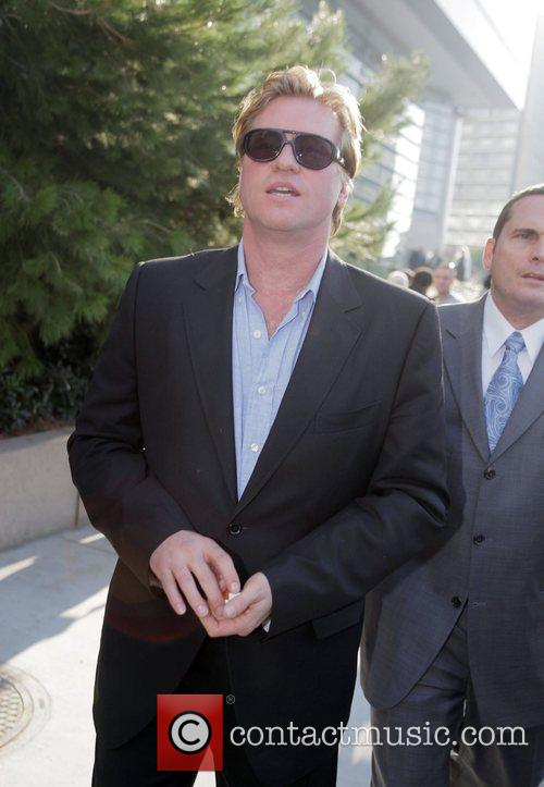 Val Kilmer and Eve 5
