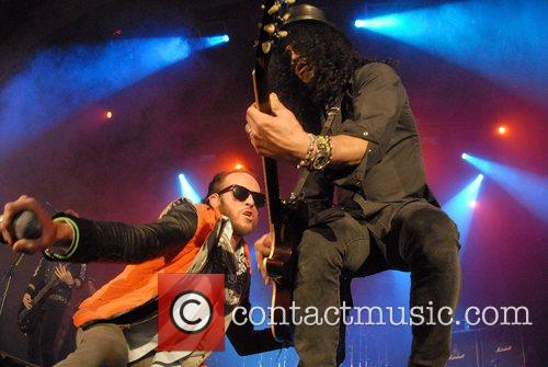 Scott Weiland and Slash 1
