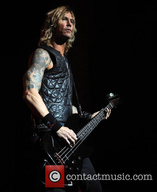 Duff Mckagan and Velvet Revolver 2