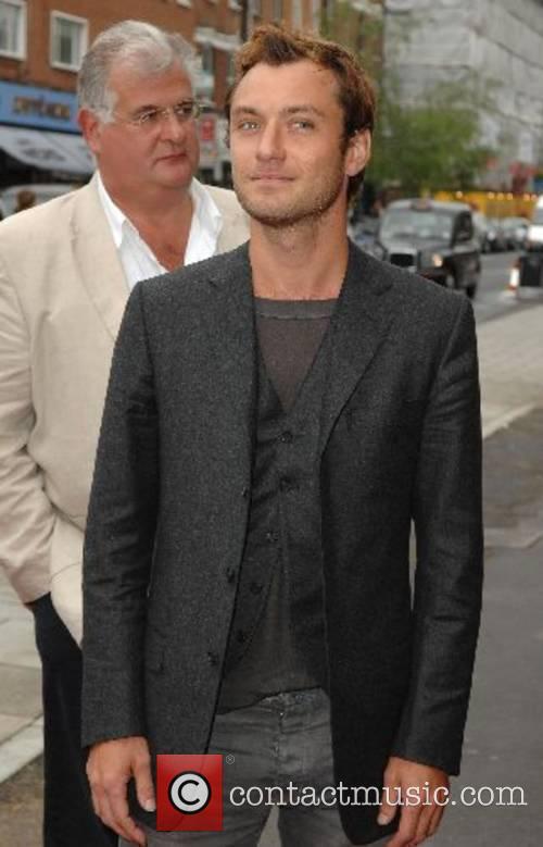 Jude Law 8