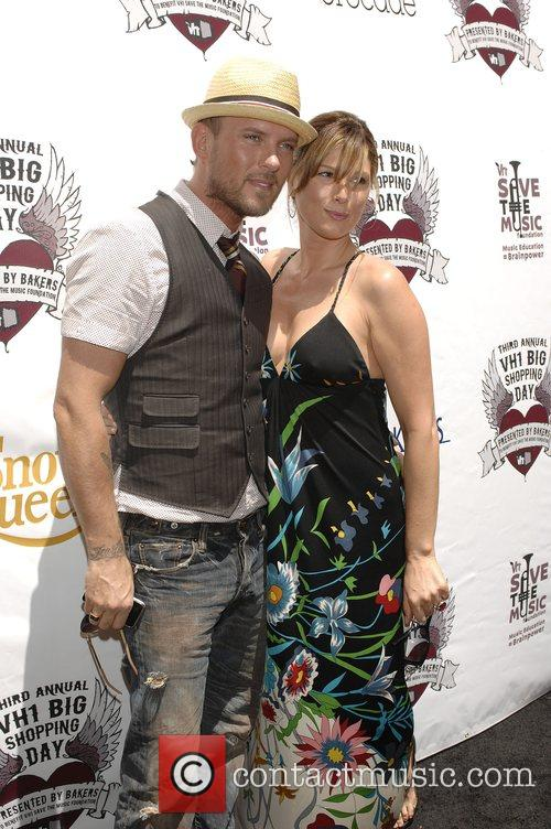 Matt Goss and Daisy Fuentes VH1 Save The...