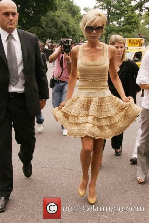 Victoria Beckham leaves Central Park after enjoying lunch...