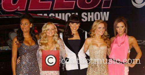 (l-r) Mel B, Emma Bunton, Mel C, Geri...