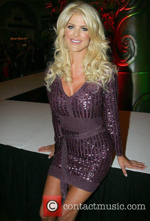 Victoria Silvstedt 7