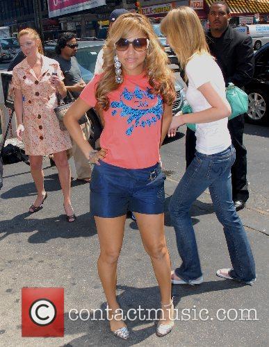 Kat Deluna, Victorias Secret, Times Square