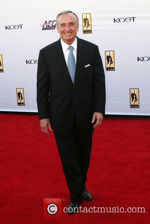 Chief Willaim Bratton The '2008 KCET Visionary Award...