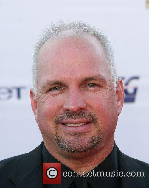 Garth Brooks The '2008 KCET Visionary Award Gala'...