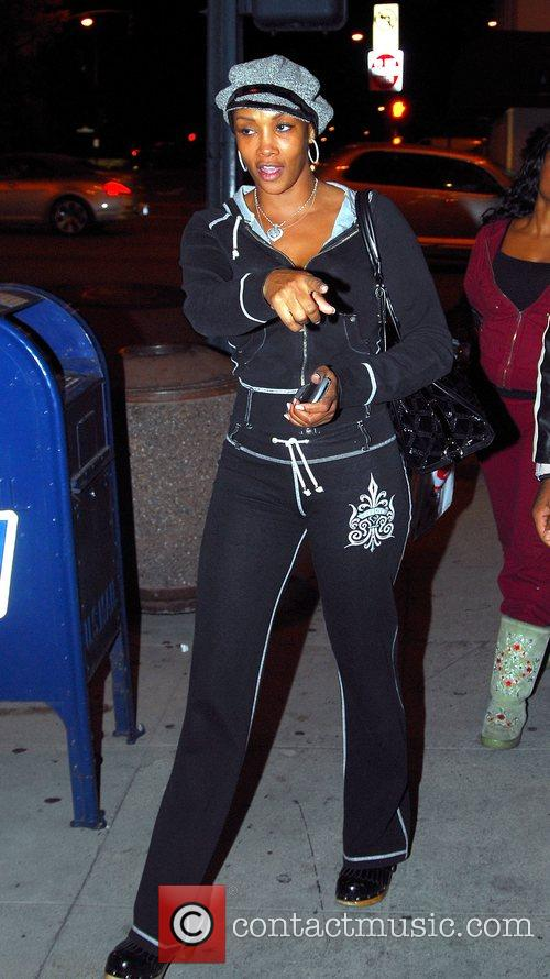 Vivica A. Fox out with friends in Beverly...