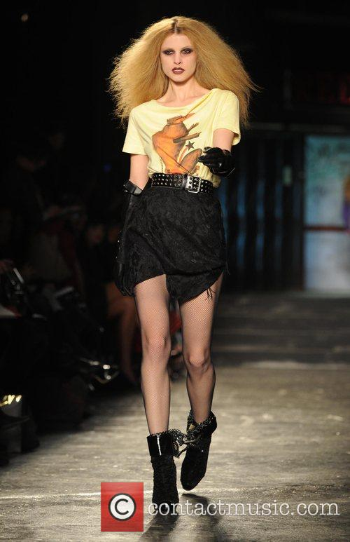 Model and Vivienne Westwood 8
