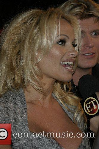 Pamela Anderson, Las Vegas and Mtv 5