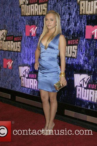 Hayden Panettiere, Las Vegas and Mtv 3
