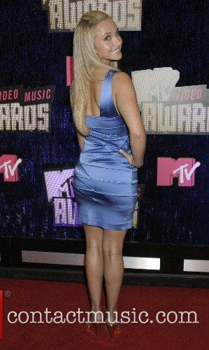 Hayden Panettiere, Las Vegas and Mtv 5