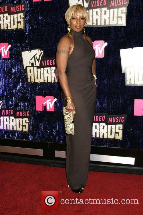 Mary J Blige, Las Vegas and Mtv 2