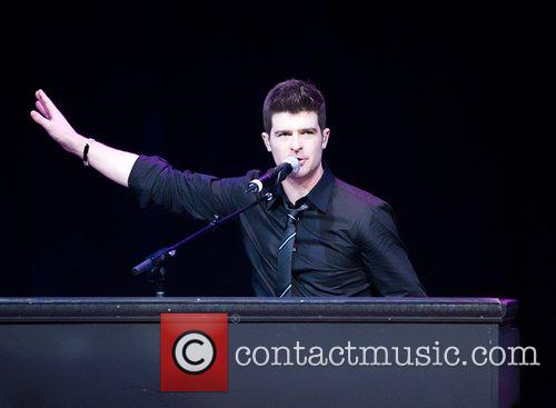Robin Thicke and Las Vegas 1