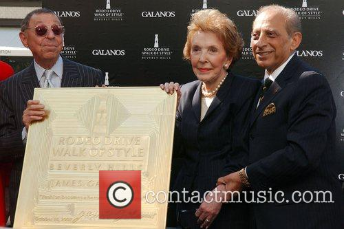 Designer James Galanos inducted into the Rodeo Drive...