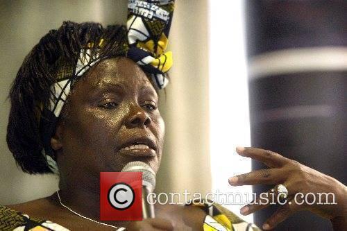 Wangari Maathai 3