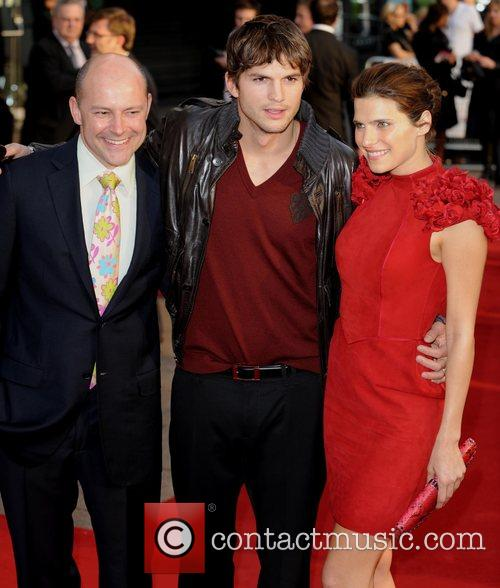 Rob Corddry and Ashton Kutcher 4