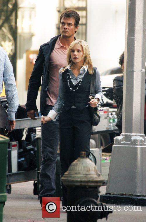Josh Duhamel and Kristen Bell 5