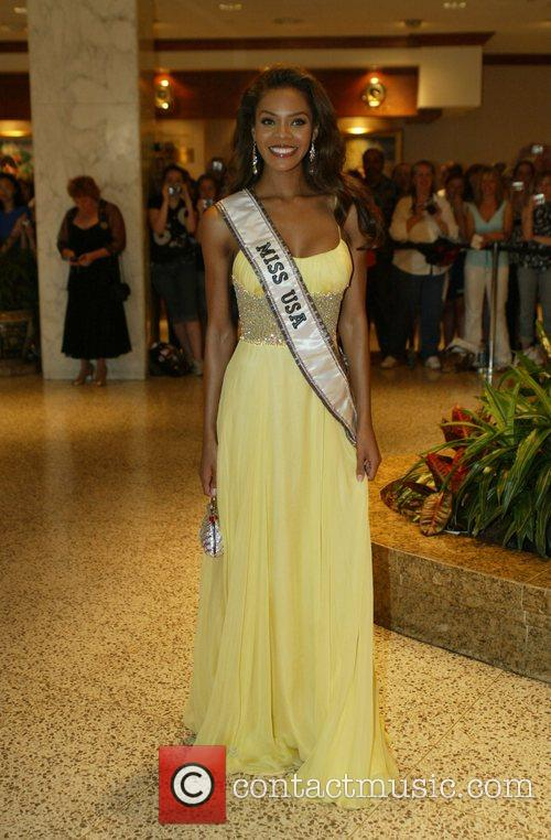 Miss USA 2008 Crystle Stewart White House Correspondents'...