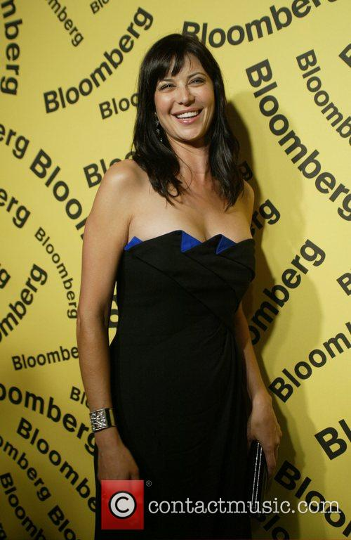 Catherine Bell and White House 1