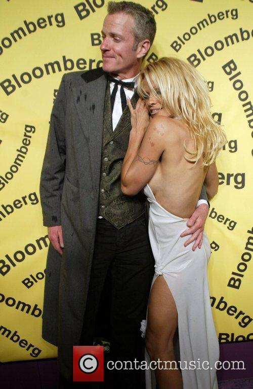 Pamela Anderson and White House 2