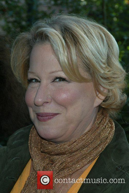 Bette Midler and Wicked 19