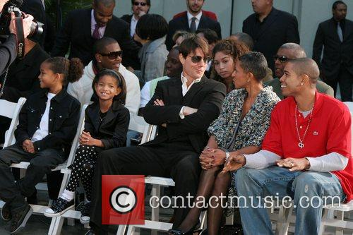 Jaden Smith, Willow Smith, Tom Cruise, and Will...