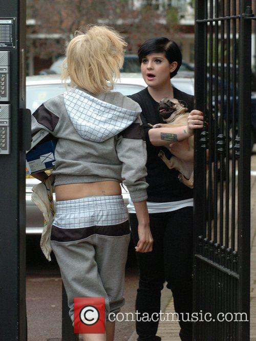 Amy Winehouse and Kelly Osbourne