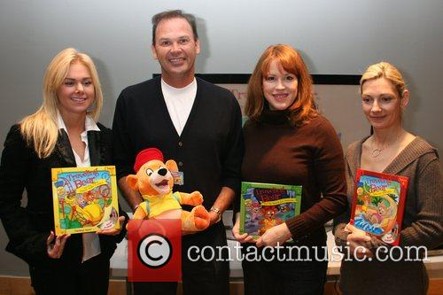 Laura Bell Bundy and Molly Ringwald 5