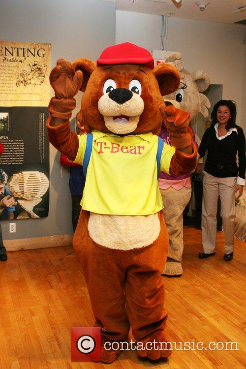 T-Bear 'Winning Kids Incorporated' reading at The Children's...
