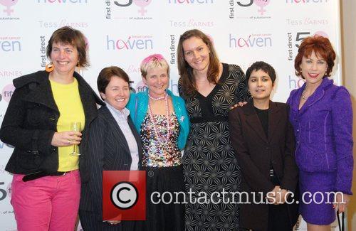 Caroline Hamilton, Jean Dowson, Tess Barnes, Cathy Bishop,...