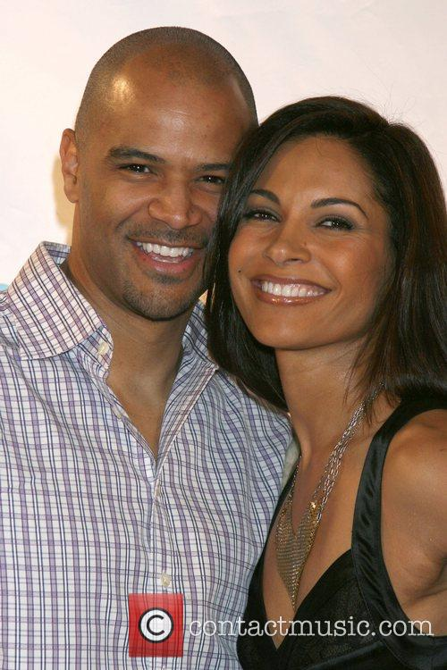 Dondre T. Whitfiled Salli Richardson 10
