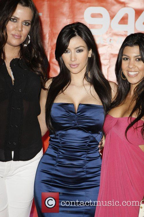 Khloe Kardashian and Kim Kardashian 1
