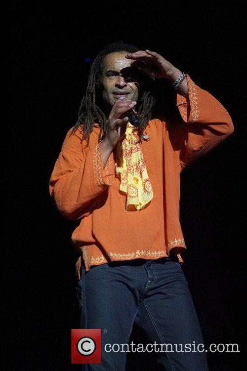 Yannick Noah performing live in concert