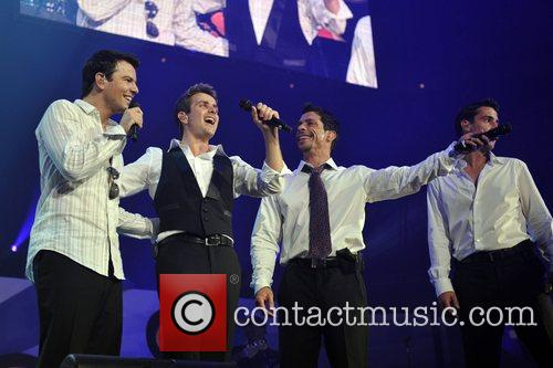 Danny Wood, Jonathan Knight, Joey McIntyre and Jordan...