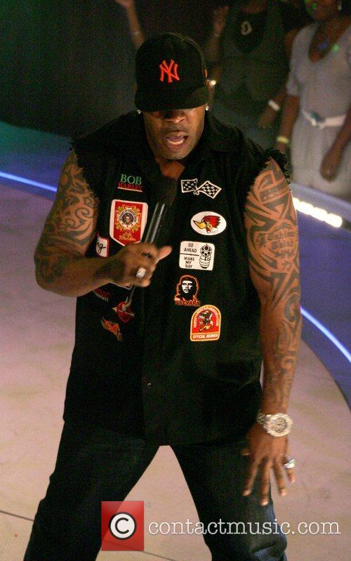 Busta Rhymes performs at the taping of '106...